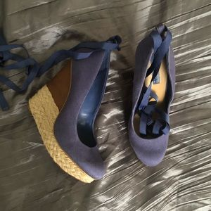 BCBG MaxAzria Blue Wedge Shoes 9